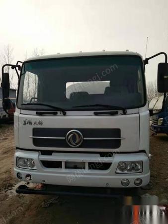 山东菏泽低价出售3吨5吨8吨10吨12吨15吨洒水车送货上门价格不高