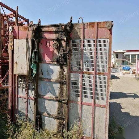 内蒙古呼和浩特出售明威电梯一台,配件齐全 37000元