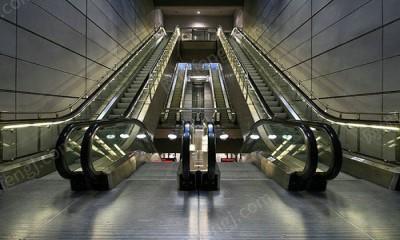 自动扶梯4