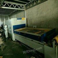 山东济南双工位覆膜机,三工序板式设备一套 因查环保停产低价出售。