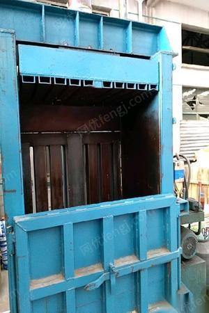 江苏无锡不用了出售95成新直立打包机90*110 1.2万元