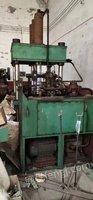 废铁价出售全新200吨油压机