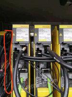 高价回收进口利用:把扇,电机示波器,分豁器,真空泵,机器人,PLC模块,电容伺服电机,驱动器,光电变频器,半导体设备电容,电子厂报废设备