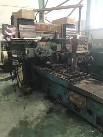广东佛山出售1台原装台湾双面龙门铣床