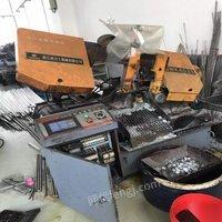 江苏无锡厂里嫌设备小,出售带锯床,4028数控带锯床