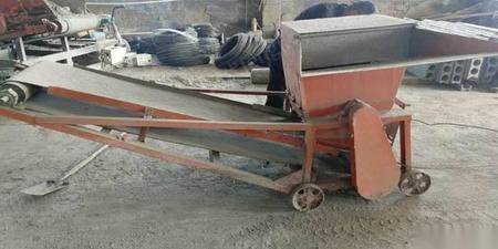 河南漯河出售水泥罐,上料机,打板机 1.9万元