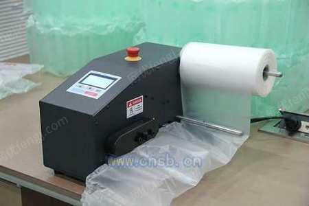 天津派克威充气包装机