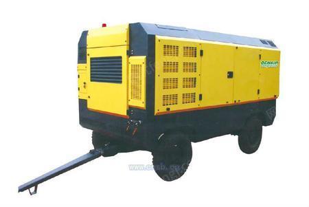 德耐尔-履带式潜孔钻车