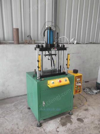 小型油压机,四柱油压机,小型油压