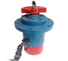 出售YZUL5-4立式振动电机批发
