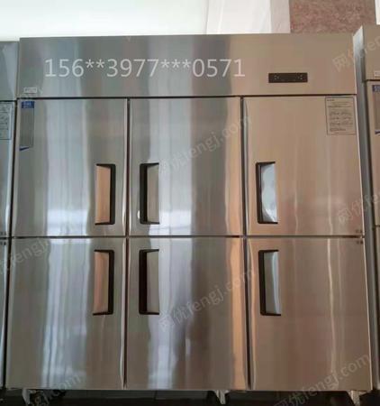 出售鄭州周邊廚房冷藏冷凍工作臺不銹鋼冰柜