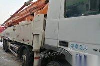 天津河西区转让13年中联奔驰56明米泵车