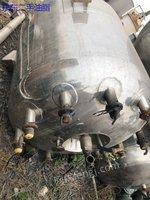 供应二手1立方、2立方不锈钢反应釜