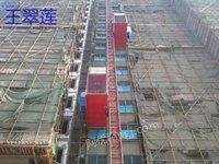河南求购一台二手施工电梯,需要6成新以上,不限牌子