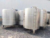 低价出售9二手卧式储罐 立式储罐出售 订做不锈钢储罐