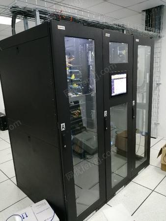 供应浙江省嘉兴市单排微模块智能一体化三联服务器机柜模块化智慧节能机房