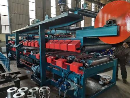 供应沧州兴和现货全新车厢板复合机生产线