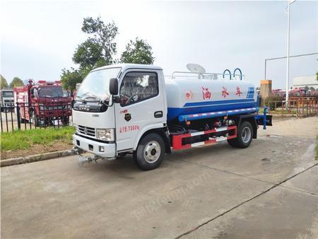 供应国六东风多利卡5吨洒水车低价处理
