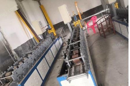 厂家出售19年轻钢龙骨机3台,主骨,隔墙龙骨,天地骨等一系列工具全部80000处理