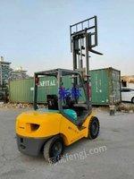 出售二手小松FD30-16叉车,集装箱叉车
