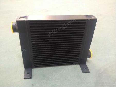 供应变矩器油冷却器