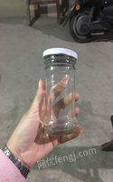 江苏南通出售闲置一批带盖玻璃瓶 50000元