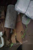 山东泰安转让宝索230餐巾纸机一台,带一台散抽装袋机
