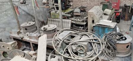 钢筋厂出售LLZ102肋钢筋冷轧机1套,拔丝机1台,收盘机1台,有图片