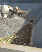 辽宁本溪二手塑料瓶粉碎机1600重型设备21万