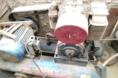 江苏常州机械厂自用空压机出售 50000元