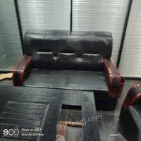 河南郑州低价处理全套九成新办公家具