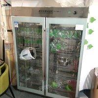陕西西安转行出售奶吧设备  酸奶机灭菌机消毒柜便宜处理  打包价2000元