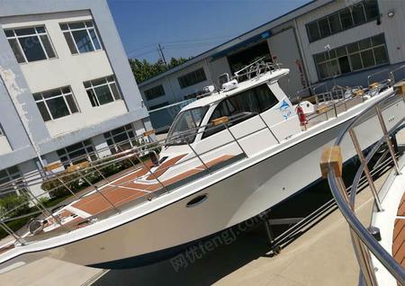 供应钓鱼空间大有休闲舱专业钓鱼船11米快艇
