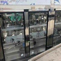 山东青岛出售二手直线式灌装机,型号齐全