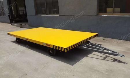 供应手刹平板拖车,叉车牵引平板拖车,平板拖车厂家定制