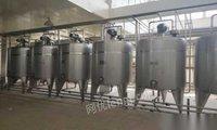 浙江宁波因转型处理一批二手不锈钢发酵罐保温罐等二手饮料设备