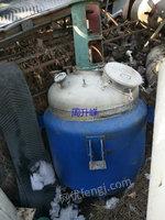 出售二手8成新1500L不锈钢电加热反应釜