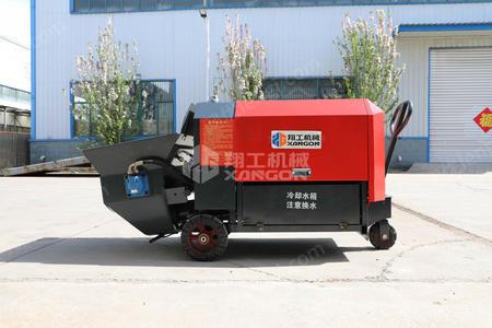 供应22千瓦小型混凝土输送泵