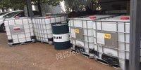 安徽蕪湖出售噸桶,塑料桶,油桶,尿素桶,水塔等