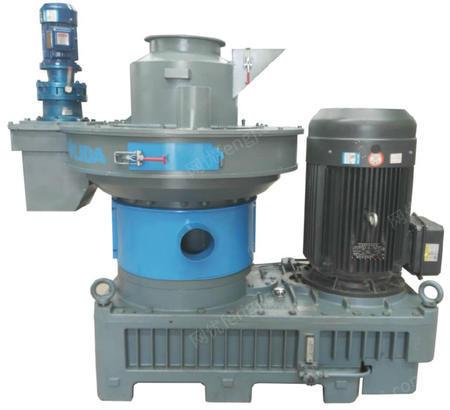 供应山东新式560A大产量低功率木屑颗粒机