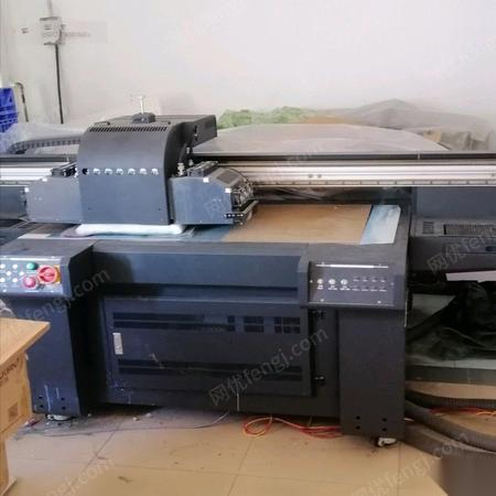 廣東深圳出售九成新uv打印機.uv噴繪機 50000元