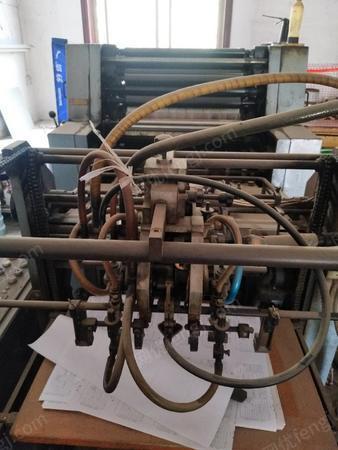 印刷廠出售99-2000年景德鎮4104高速單色四開膠印機1臺,有圖片
