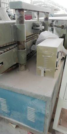 塑膠廠出售無錫65、51雙螺桿擠出機3臺(檢修使用),有圖片