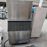 贵州遵义出售久景一千磅大制冰机,原价两万多九成新 8800元