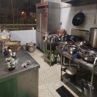 西藏拉萨9成新餐馆,餐具,厨具,桌椅转让 16000元