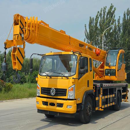 供应陕汽12吨吊车参数 12吨吊车多少钱一台 免息分期