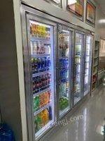 重庆沙坪坝区四开门水柜,低价处理。