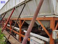 山东泰安出售中联180搅拌站带4个水泥仓200吨