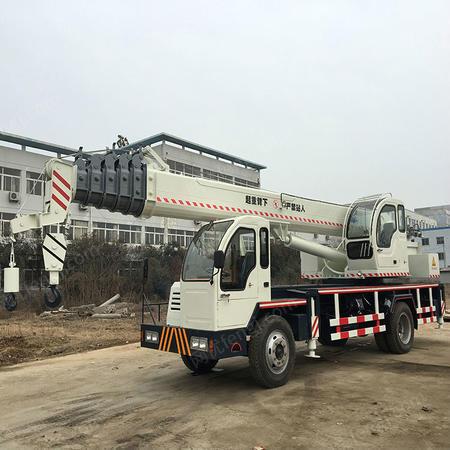 全新款自制16吨吊车价格 自制变形金刚吊车 厂家直销