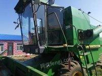 黑龙江双鸭山出售吉售约翰迪尔1048大豆收割机